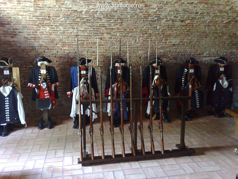 Cetatea Alba Carolina - uniforme ale gardienilor